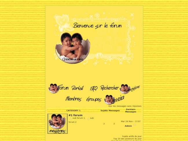 Paque jaune avec bébé