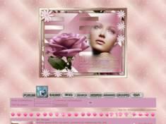Femme & rose rose