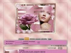 Femme rose rose