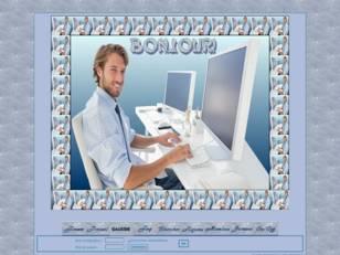 Homme à l'ordinateur