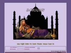 Femme dans palais