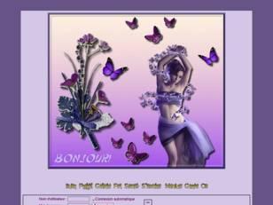 Femme aux papillons vi...