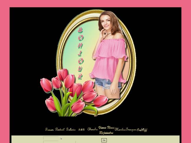 Fille aux tulipes rose