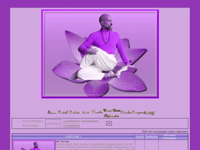 Homme fait yoga (violet)